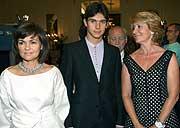 Calvo, Sebastián Castella y Esperanza Aguirre. (Foto: EFE)