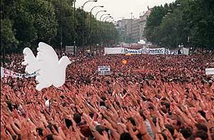 Manifestación en Madrid el 15 de julio de 1997. (Foto: Pepe Abascal)