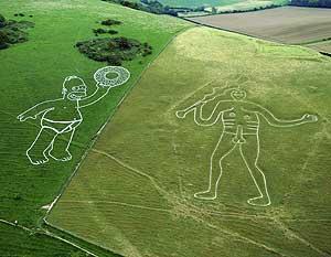 Imagen de la colina con las dos ilustraciones gigantes. (Foto: REUTERS)