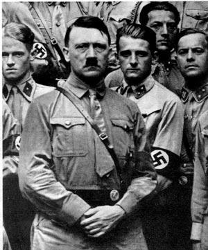 Foto de archivo del Führer durante la Segunda Guerra Mundial. (Foto: EL MUNDO)