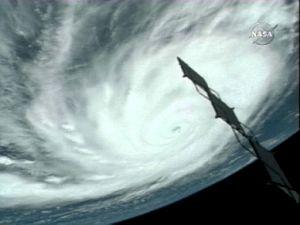 El huracán 'Dean', visto desde el 'Endeavour'. (Foto: NASA)