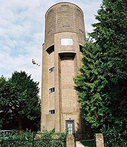 Torre-depósito de agua cerca de Utrech (Holanda). (FOTO: ZECC ARCHITECTEN).