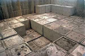 Residuos radiactivos de baja y media intensidad en el cementerio nuclear de El Cabril, Córdoba.