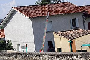 La casa donde fueron detenidos los cuatro etarras en Cahors. (Foto: AFP)