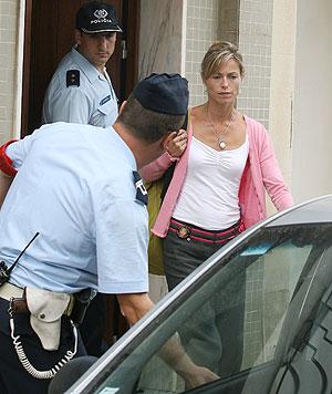 Kate McCann tras declarar ante ante la Policía Judicial y ser declarada sospechosa. (Foto: AFP)