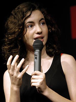 La actriz Ivana Baquero, en el Cervantes de Tokio. (Foto: EFE)
