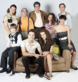 Los protagonistas de la nueva serie de Antena 3 'La familia Mata'. (Foto: Antena 3)