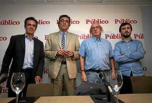 Juan Pedro Valentín, Tatxo Benet, Jaume Roures y Nacho Escolar. (Foto: Sergio González)