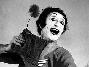 El artista interpreta al mimo 'Bip'. (Foto: AP)