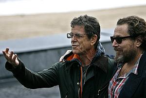 El músico Lou Reed y el director Julian Schnabel, en San Sebastián. (Foto: AP)