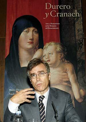 El conservador jefe del Museo Thyssen, Guillermo Solana, durante la presentación de la exposición 'Durero y Cranach. Arte y Humanismo en la Alemania del Renacimiento'. (Foto: EFE)