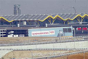 La Terminal 4 del aeropuerto de Barajas. (Foto: Julio Palomar)