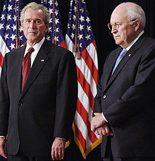 Bush y Cheney, en un acto reciente. (Foto: REUTERS)