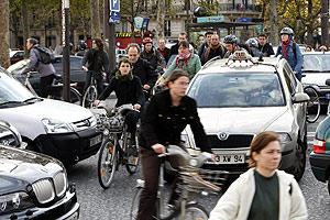 La bicicleta se convirtió este jueves en el transporte protagonista. (Foto: AFP)