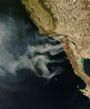 Los incendios, vistos a través de un satélite de la NASA. (Foto: AFP)
