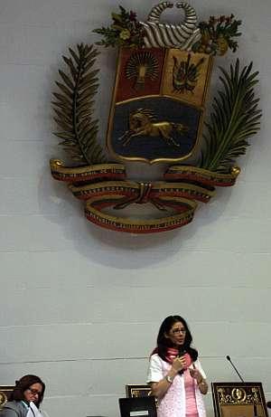 Cecilia Flores, presidenta de la Asamblea Nacional, durante su intervención. (Foto: AP)