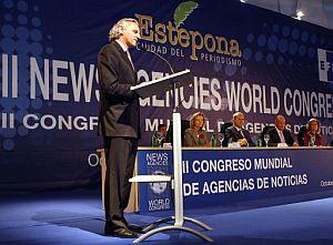 Grijelmo, durante su intervención en el acto inaugural del Congreso. (Foto: EFE)