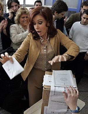 Cristina, votando en Río Gallegos. (Foto: AP)