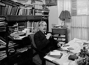 Valéry, en su despacho.