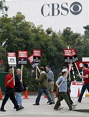 Otros en los estudios de la televisión CBS. (Foto: EFE)