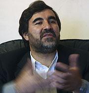 El opositor Kazemi, víctima del ataque. (Foto: REUTERS)