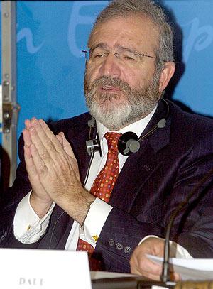 El ex director de la policía y eurodiputado del PP, Agustín Díaz de Mera. (Foto: EFE)