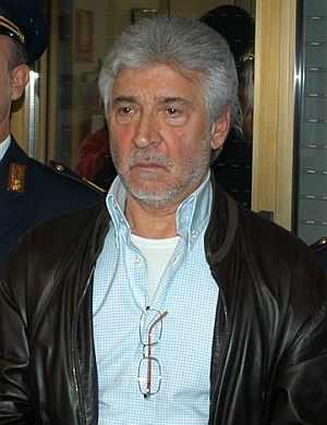 Salvatore Lo Piccolo, instantes después de su arresto. (Foto: AP)