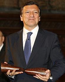Barroso, tras recibir un premio en Barcelona. (Foto: EFE)