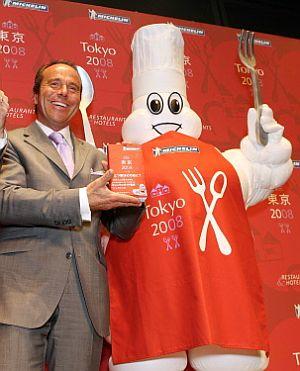 Jean-Luc Naret, director de las guías Michelin, en Tokio. (Foto: AFP)