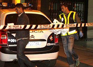 La policía acordona el lugar del suceso. (Foto: EFE)