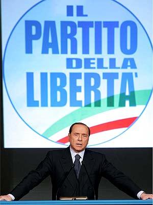 Silvio Berlusconi, durante la presentación de su nuevo partido. (Foto: EFE)