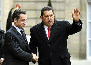 El presidente venezolano junto a su homólogo francés. (Foto: AFP)