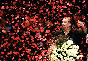 Maurice Béjart, tras una de sus coreografías. (Foto: REUTERS)