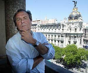 El escritor Vicente Verdú en el Círculo de Bellas Artes (Foto: Bernabé Cordón).