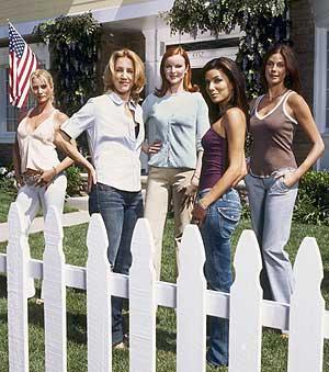 Imagen con las protagonistas de la serie. (Foto: TVE)