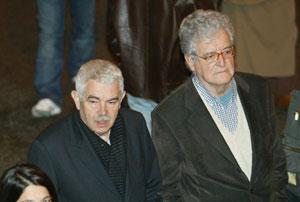 Pasqual Maragall, junto al editor Xavier Folch. (Foto: Antonio Moreno)