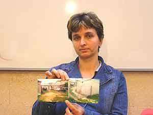 Darinka Hristova fue perseguida por el empresario tras contactar con el sindicato. (Foto: DANIEL MOLTÓ).