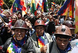 Seguridores de Morales en La Paz. (Foto: REUTERS). Vea más fotos