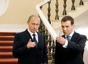 El presidente ruso, Vladimir Putin, y el actual viceprimer ministro, Dmitri Medvedev. (Foto: AFP)