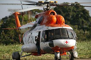"""Uno de los dos helicópteros MI-17 que despegaron del aeropuerto de Santo Domingo, en el estado venezolano de Táchira, para participar en la """"misión aérea humanitaria"""". (Foto: EFE)"""