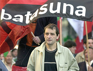 'Josu Ternera', en una fotografía de 2002, cuando era parlamentario de Batasuna. (Foto: EFE)