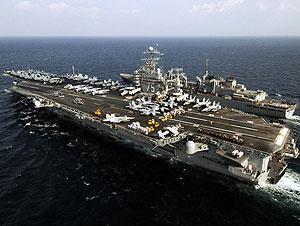 El portaaviones 'USS Harry S. Truman', en aguas del golfo Pérsico. (Foto: AFP)