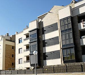 Bloque de pisos de uno de los PAU del norte de Madrid. (Foto: Bernardo Díaz)