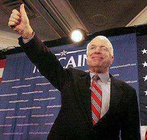 McCain celebra en Nashua la reedición de su triunfo del año 2000. (Foto: AP)