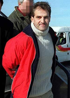 'Kantauri' al ser extraditado a España en 2001. (Foto: EFE)