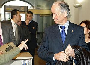 El ex presidente del Parlamento vasco Juan María Atutxa, a su llegada al Tribunal Supremo (Foto: EFE)