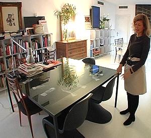Teresa es una amante del mobiliario moderno.