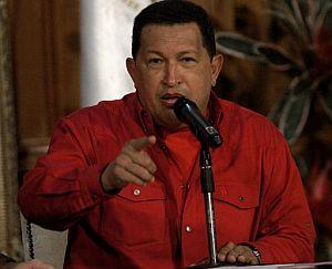 Chávez habla en el Palacio de Miraflores en Caracas, en el marco de la VI cumbre del ALBA. (Foto: EFE)