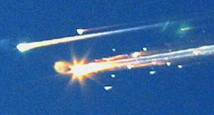 La bola de fuego en la que se convirtió el 'Columbia' durante su reentrada en la atmósfera. (Foto: AP)
