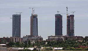 Imagen de las cuatro torres en construcción. (Foto: Jaime Villanueva)